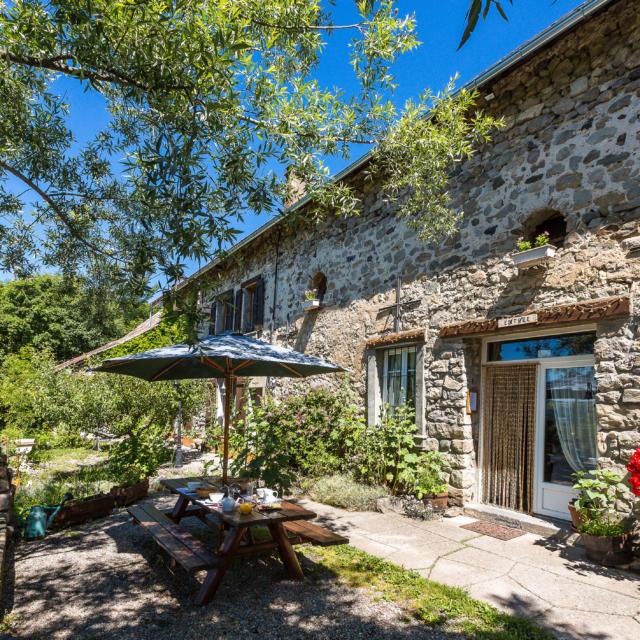 Hautes-Alpes (05), Vallée du Champsaur, Chabottes, Chambre d'hôte Les Sources // Hautes-Alpes (05), Valley Champsaur, Chabottes, Guest Les Sources
