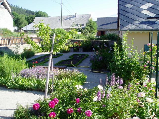 fred-ferraro-maison-botanique-jardin02.jpg