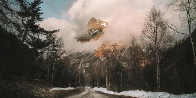 Montagne Route Vers La Fare 4