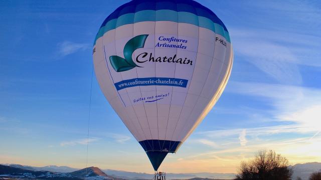Vol en montgolfière en hiver dans le Champsaur